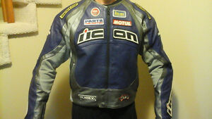 Icon Motorcycle jacket and matching Icon Gloves