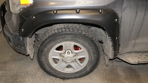 TUNDRA 2014-17 EXTENSION D'AILES AVEC RIVETS / Fender flares
