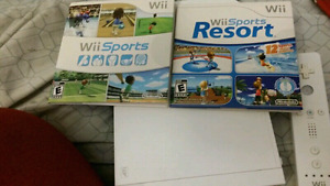 Nintendo wii + extras (modded) CHEAP!  Need gone!