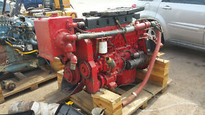 350 L10 Cummins Engine