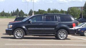 2007 Chrysler Aspen Limited SUV, Crossover