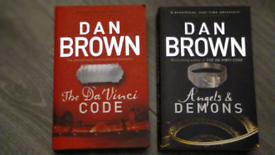 REDUCED 2 Dan drown books. The davinci code and angels and demons