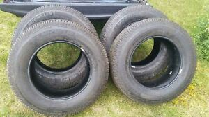 275/65/R18 MICHELINS