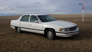 1994 Cadillac Sedan DeVille white 4 Door 1000.00 OBO