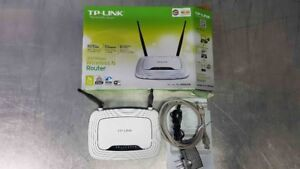 ROUTEUR SANS-FIL WI-FI TP-LINK 300 Mbps, WIRELESS N