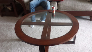Round table coffee table