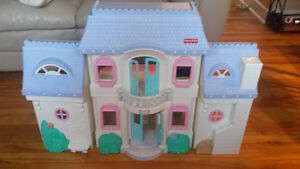 Maison fisher price pour poupée, Fisher price doll house