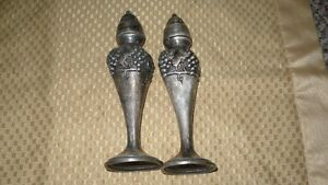 "ANTIQUE ""VIKING SILVER PLATE E.P. LEAD"" SALT & PEPPER SHAKERS"" Kitchener / Waterloo Kitchener Area image 5"