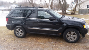 2005 Jeep Grand Cherokee Hood & Doors