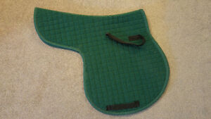 Saddle pads, front riser