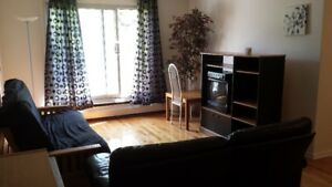 DORVAL - 3.5 (Large & Renovated) for Mid July !