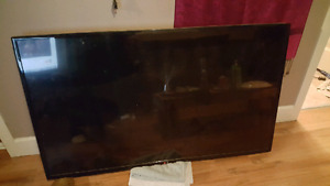 "2yr old LG 55"" 120hertz led tv"