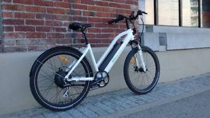 Motorino CTB Commuter E-bike (350W) - Like New Condition!
