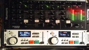 Denon dj Dn 1800 fsystem  with case worth 300 numark mixer