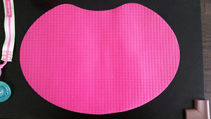 Pink silicone mat for feeding