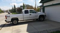 2002 GMC Sierra 2500 HD Pickup Truck cash or trades?