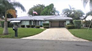 CAPE CORAL FLORIDA SINGLE FAMILY VACATION HOME