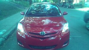 Toyota yaris impeccable!!