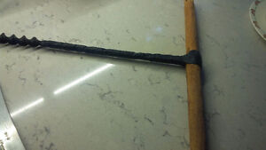 Black Cast Iron and Wood Auger - Decorative? Kitchener / Waterloo Kitchener Area image 3