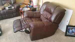 Recliner - 2 Piece Set - Leather
