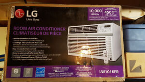 LG Window Air Conditioner - 10000BTU - Brand new in box