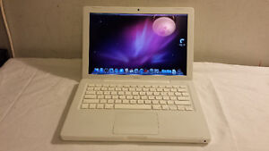 "Used 13"" White Macbook with Intel Core 2 Duo Processor for SDale Cambridge Kitchener Area image 1"