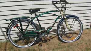 VELO SUPER CYCLE  6  VITESSES  NEWPORT CRUISER. 26 PO.