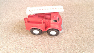 Red Green Toys Fire Dept. Truck