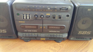 PORTABLE RADIO/TWIN TAPE PLAYER RARE VINTAGE SAMSUNG PD-650C West Island Greater Montréal image 3
