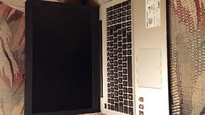 Laptop asus x555 comme neuf