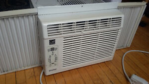 Air Conditioner - Danby, window mounted