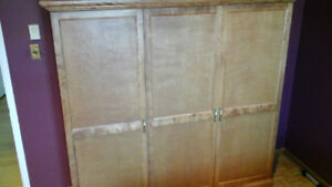 Mobilier chambre / Penderie
