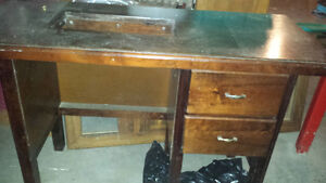 SOLID WOOD DESK/ SEWING TABLE