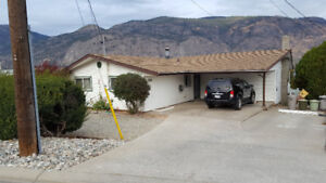 OSOYOOS UPPER HOUSE FOR RENT LONG TERM $1500 / 3br - (Osoyoos)
