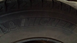 4 sets of Winter tires 255/70R17 with rims