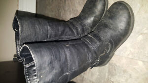 Toddler black zip up boots size 10