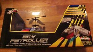 NEW UNOPENED 3 CHANNEL REMOTE CONTROL HEICOPER BY SKY PATROLLER Stratford Kitchener Area image 3