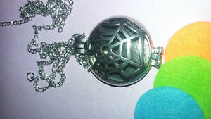 spider Web diffuser necklace