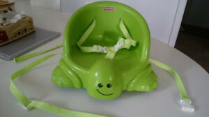 Fisher Price Portable Booster Seat (green)