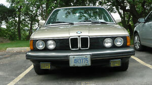 BMW 733i- Great Condition-Rare