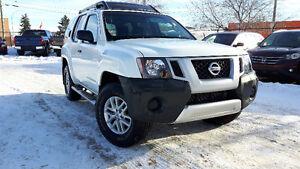 2015 Nissan Xterra 4x4 , AUTO. call (403)464-5844