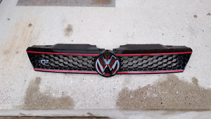11-14 Volkswagen GLI grill with matching emblem like new!