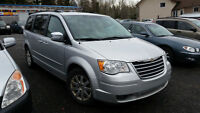 2008 Chrysler Town & Country CERTIFIED!