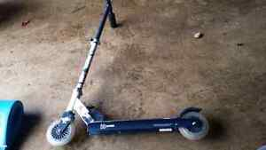 X Games Kids Child's Trick Scooter Enfield