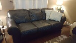 Genuine Black Leather Couch in very good condition