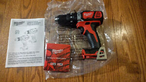 Milwaukee M18 Hammer Drill NEW - Perçeuse percussion marteau