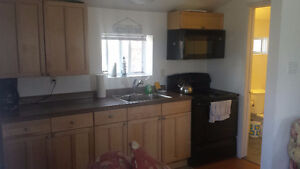 Port Stanley 2 bed. renovated cottage 800 only 1 week available