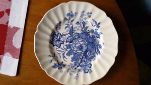 Royal Dalton Collectable 8 inch Dish