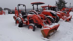 2014 B2650HSD Kubota Tractor with Loader and Backhoe