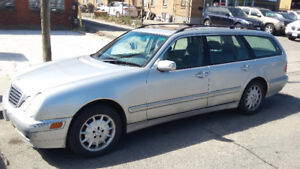 2002 Mercedes-Benz E-Class Gray leather Wagon. 4matic
